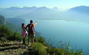 Balade avec vue sur le lac d'Annecy
