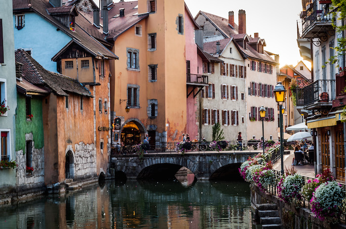 porte perriere annecy